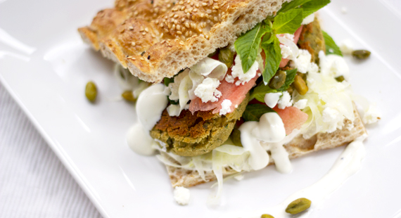 Limette-Minz-Falafel mit Feta Fenchel Melone_slider