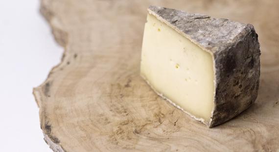 Genuss sucht_Französischer Käse_Fromage_Tomme de Savoie_MG_9696slider